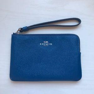 Blue Coach Wrislet